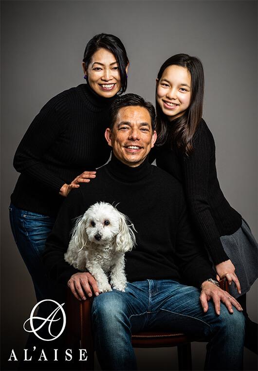 ペットといっしょの家族写真
